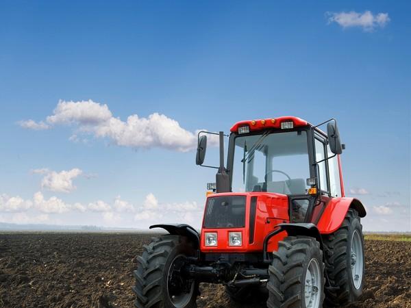 Кабмин выделил дополнительно 2 млрд руб. наподдержку разработчиков сельхозтехники